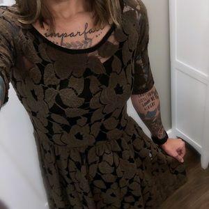 [Anthropologie] Weston Wear Flocked Midi Dress